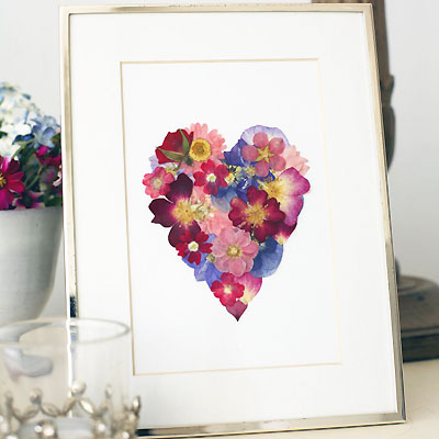 Make A Pressed Flower Framed Heart Valentines Day Crafts
